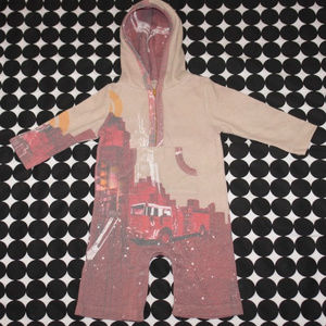 Kids Ink Hooded Romper NYC Scene Firetruck 3-6 Mos